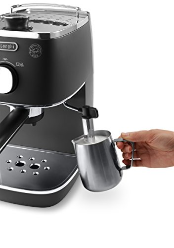 De'Longhi ECI 341 kleine Espressomaschine Milch aufaschäumen