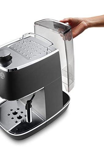 De'Longhi ECI 341 kleine Espressomaschine Wasserbehälter