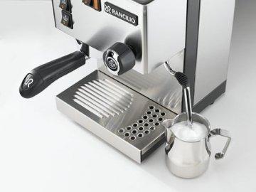 Espressomaschine Milchschaum