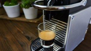 Der fertige Espresso auf Knopfdruck