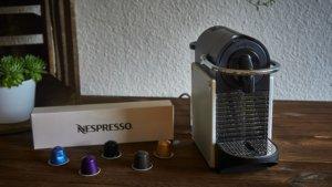 Der Lieferumfang der Nespresso Pixie